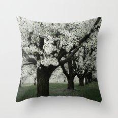 Blütenpracht Throw Pillow
