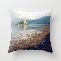Eilean Donan Castle. Throw Pillow