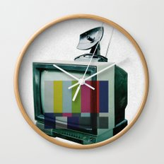 Tune In... Wall Clock