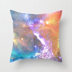 Between sun and sea Throw Pillow