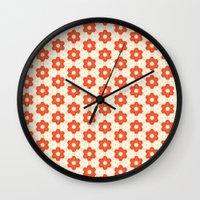 Retro Red Flower Wall Clock