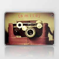 {smile} Laptop & iPad Skin