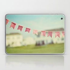 summer is in the air Laptop & iPad Skin