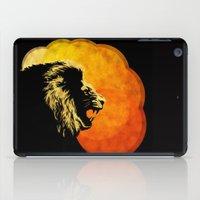 NIGHT PREDATOR : lion silhouette illustration print iPad Case