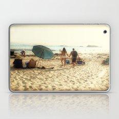 Beach Couple Laptop & iPad Skin