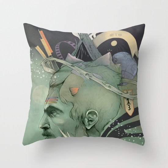 The traveler dreams Throw Pillow