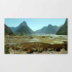 Sinking giants Canvas Print