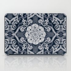 Centered Lace - Dark iPad Case