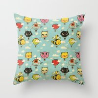 Happy Flight / The Animals Hot Air Balloon Voyagers / Patterns / Clouds Throw Pillow