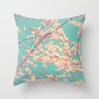 I Love Spring Throw Pillow