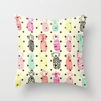 Tropic Pineapple Throw Pillow