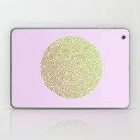 Detailed circle, gold rose Laptop & iPad Skin