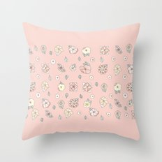Flores Throw Pillow