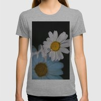Close Up Daisy Womens Fitted Tee Athletic Grey SMALL