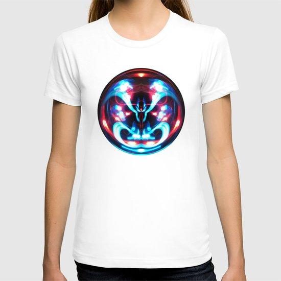 Sphere I (Staring) T-shirt