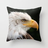 MM - Grinning bald eagle Throw Pillow