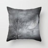 Dark night sky paradox Throw Pillow
