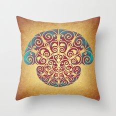 Medusa Barroca Throw Pillow