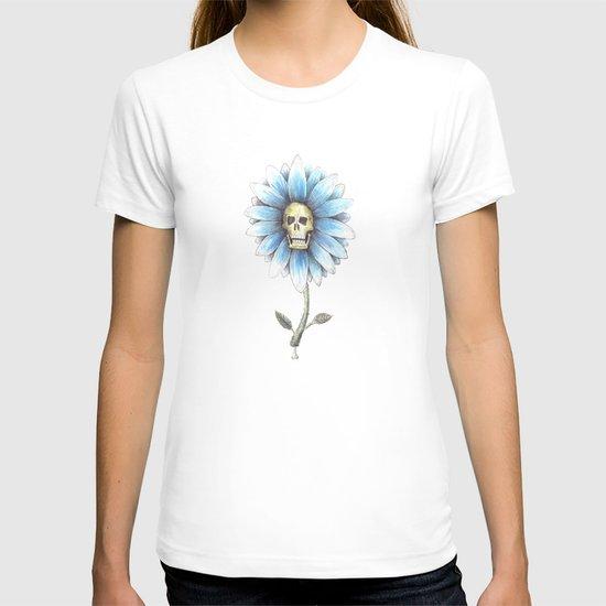 skull daisy T-shirt