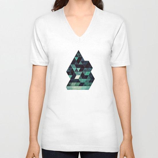 ddrypp V-neck T-shirt