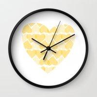 Pretty Golden Heart Wall Clock