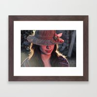 Toda mujer / Every woman Framed Art Print