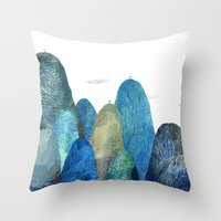 the moutains are comming Throw Pillow