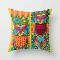 Owl's Throw Pillow