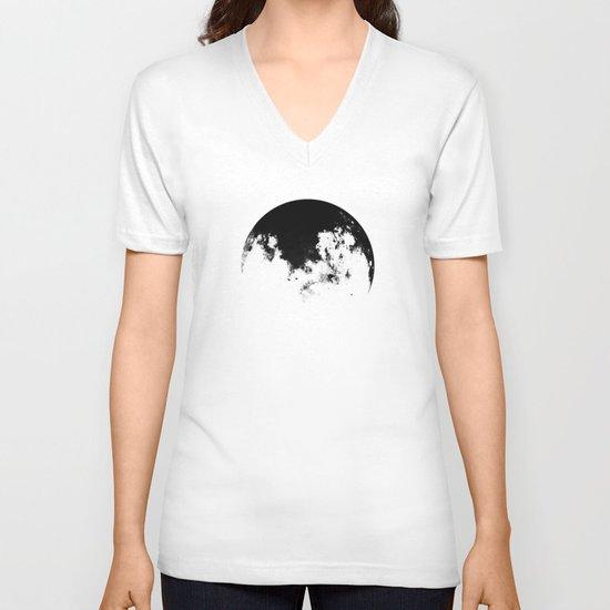 MOOON V-neck T-shirt