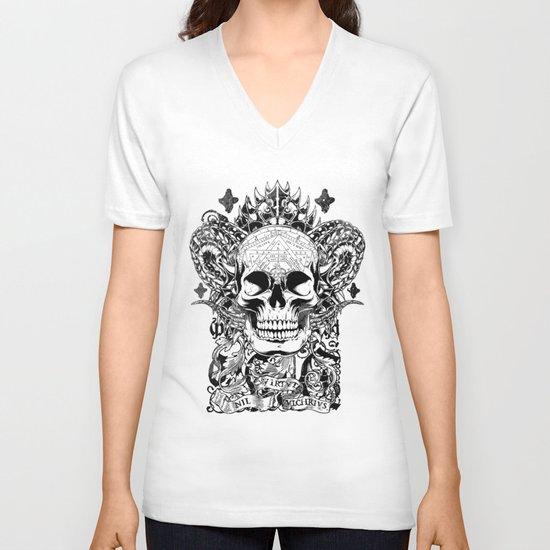 Cobra skull V-neck T-shirt