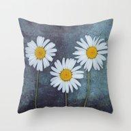 Marguerites Throw Pillow