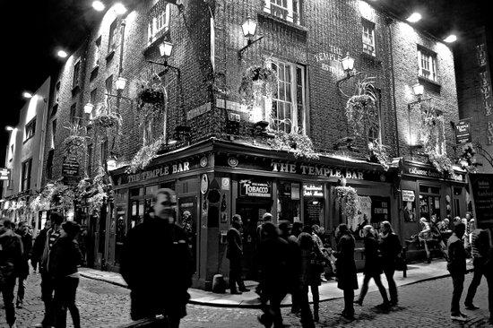 The Temple Bar, Dublin Ireland Art Print