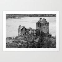 Eilean Donan Castle In B… Art Print