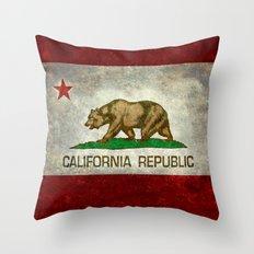 Californian state flag - The California Republic Bear flag in Retro style Throw Pillow
