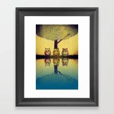 owl-892 Framed Art Print