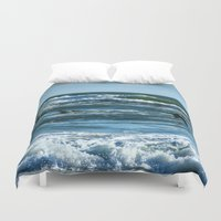 Pelicans Surf Top Flying Duvet Cover