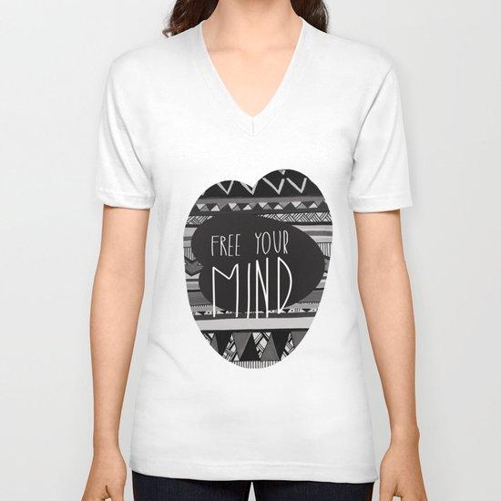FREE YOUR MIND V-neck T-shirt