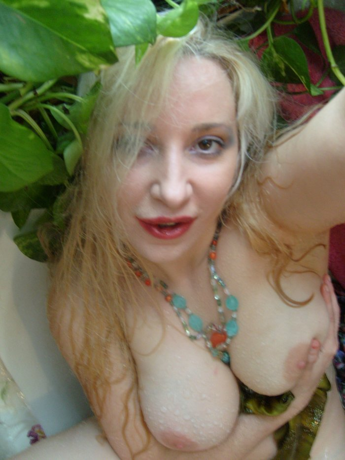 lady kashmir pokmon naked
