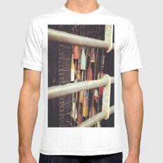 Gate SMALL White Mens Fitted Tee