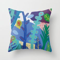 Secret garden IV Throw Pillow