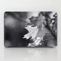 Winter Oak In Black And … iPad Case