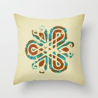Adorno Celta Throw Pillow