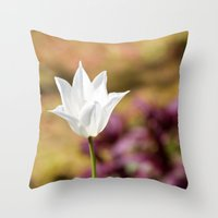 Hope springs eternal Throw Pillow