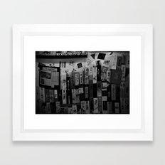 Saké Nomi Framed Art Print