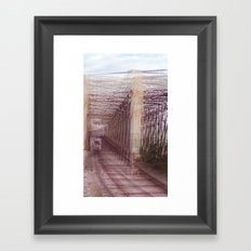Puntos de vista Framed Art Print