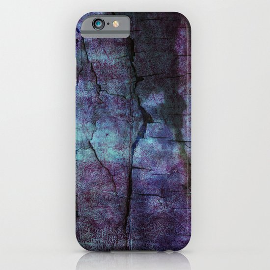 cracked Earth iPhone & iPod Case