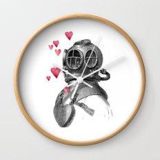 dive & love Wall Clock
