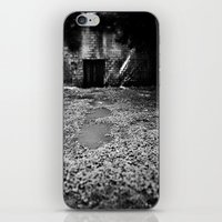Over The Hill And Throug… iPhone & iPod Skin