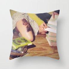 Bookish 04 Throw Pillow