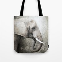The old elephant Tote Bag